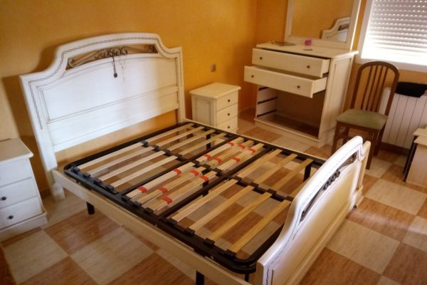 desmontaje de cama en mudanza, toledo, talavera