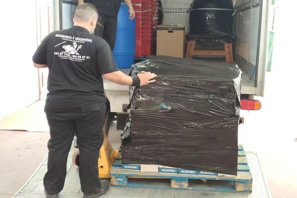 Empresa transporte paletizado reparto entregas y recogidas en Toledo.